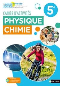 Nicolas Coppens et Frédéric Amauger - Physique Chimie 5e Cahier d'activités.