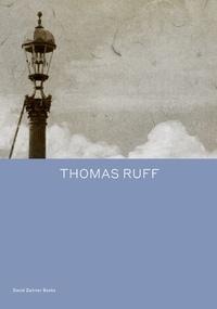 Okwui Enwezor - Thomas Ruff.