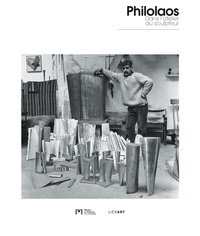 Pascale Soleil et Julie Delmas - Philolaos - Dans l'atelier du sculpteur.