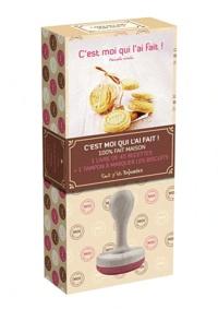 Pascale Weeks - Coffret c'est moi qui l'ai fait  ! - 1 livre de 45 recettes + 1 tampon à marquer les biscuits.