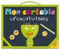 Piccolia - Mon cartable d'activités 5-7ans : Je m'amuse avec les lettres et les mots ; Le calcul en s'amusant ! - Avec 3 planches d'autocollants, 1 set éducatif réversible, 2 tableaux effaçables, 1 feutre effaçable et 1 éponge.