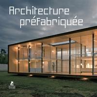Place des Victoires - Architecture préfabriquée.