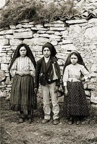 Rassemblement à son image - Image des trois bergers de Fatima - Lot de 20 exemplaires.