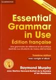 Raymond Murphy et Martine Hennard-Dutheil de la Rochère - Essential Grammar in Use - Edition française - Une grammaire de référence et de pratique destinée aux étudiants de niveau élémentaire.