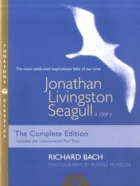 Richard Bach - Jonathan Livingston Seagull, a Story.
