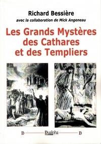 Les grands mystères des Cathares et des Templiers.pdf