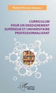 Curriculum pour un enseignement supérieur et universitaire professionnalisant.pdf