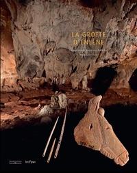 Robert Bégouën et Andreas Pastoors - La grotte d'Enlène - Immersion dans un habitat magdalénien.