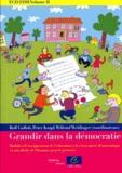 Rolf Gollob et Peter Krapf - Grandir dans la démocratie - Modules d'enseignement de l'éducation à la citoyenneté démocratique et aux droits de l'homme pour le primaire.