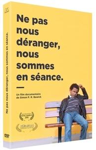 Simon Bewick - Ne pas nous déranger nous sommes en séance. 1 DVD