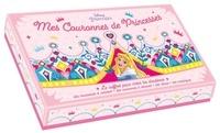 Sandrine Lamour - Mes Couronnes de Princesses - Le coffret pour créer tes diadèmes. Avec des couronnes à colorier + des couronnes à décorer + des strass + des mosaïques.