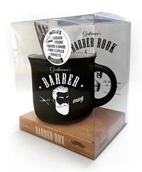 Sarah Daniel Hamizi - Coffret Gentlemen's barber box - Gentlemen's Barber Book avec un mug, des ciseaux, un peigne, une équerre à barbe, une pince à épiler et une serviette.