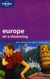 Sarah Johnstone et China Williams - Europe on a shoestring.