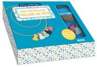 Shiilia - Mon merveilleux collier de fête - Avec 5 pompons, 4 grelots, 1 chaîne boules, des anneaux de raccord dorés, des embouts chaîne boules et 1 fermoir.
