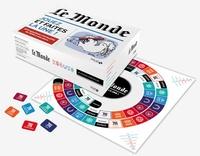 """Solar - Jeu Le Monde - Jouez et faites la une ! 600 questions d'actualité de 1944 à nos jours. Contient : 100 fiches, 50 cartes """"scoop"""", 1 livret de réponses, 60 jetons """"Rubrique""""."""
