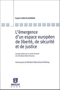 Lémergence dun espace européen de liberté, de sécurité et de justice.pdf