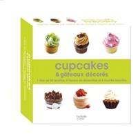 Cupcakes et gâteaux décorés - 1 livre de 30 recettes , 4 flacons de décoration et 4 douilles assorties.pdf