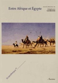 Entre Afrique et Egypte : relations et échanges entre les espaces du sud de la Méditerranée à lépoque romaine.pdf