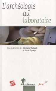 Livres gratuits à télécharger pour ipod touch L'archéologie au laboratoire 9782707176486