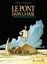 Sylvain Chomet et Hubert Chevillard - Le pont dans la vase  : .