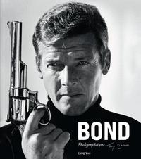 Terry O'Neill et James Clarke - Bond - Photographié par Terry O'Neill.