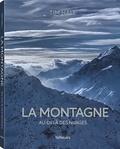 Tim Hall et Sophie Benge - La montagne - Au-delà des nuages.