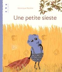 Véronique Mazière - Une petite sieste.