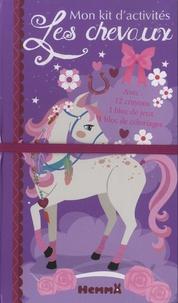 Véronique Raskinet - Mon kit d'activités Les chevaux - 12 crayons de couleur, 1 bloc de jeux, 1 bloc de coloriages.