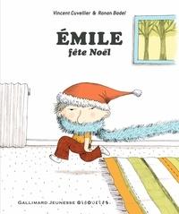 Vincent Cuvellier et Ronan Badel - Emile fête Noël.
