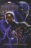 Will Corona Pilgrim et Annapaola Martello - Black Panther - Le prologue du film.
